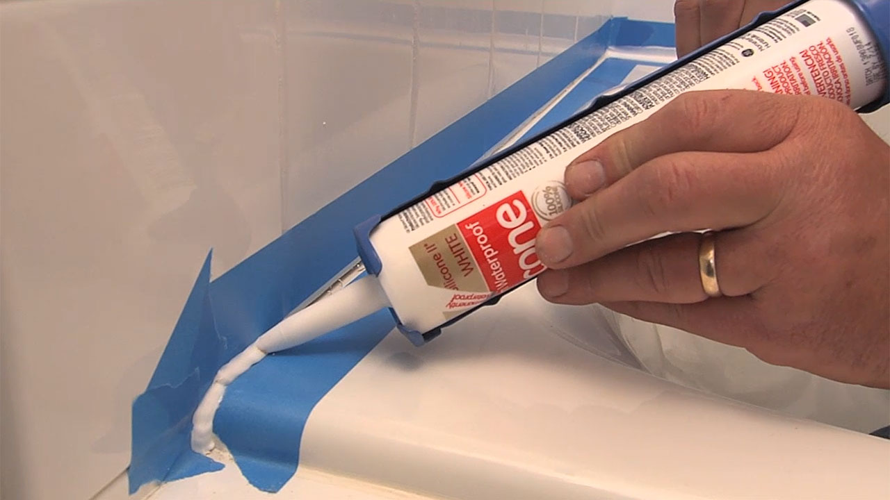 https://housesmartstv.com/wp-content/uploads/2021/02/How-to-Caulk-a-Bathtub.jpg